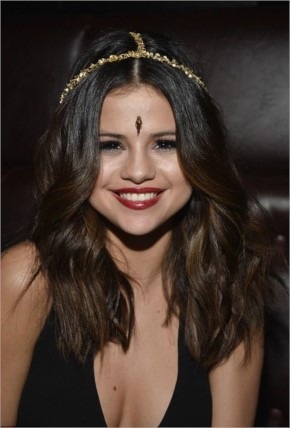 Selena para Radio Disney Music Awards 2014