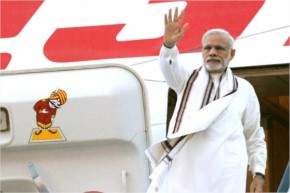 PM Modi on Wednesday 23rd September 2015 visited Ireland where PM Modi was the First India who would Visit after 59 years after visit of PM Jawaharlal Nehru . PM Modi was welcomed with a lots of hono