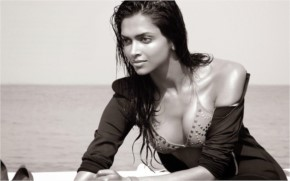Deepika hot photo showing ..