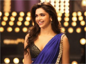 Deepika looks gorgeous in blue sare in yeh jawaani hai deewani