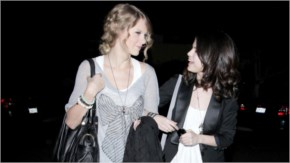 selena Gomez and Taylor Swift looking at each other