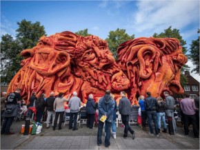 Van gogh flower parade floats corso zundert netherlands