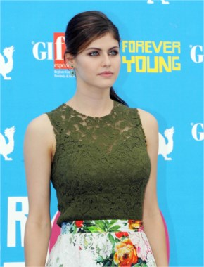 Alexandra Daddario The Hot Beauty