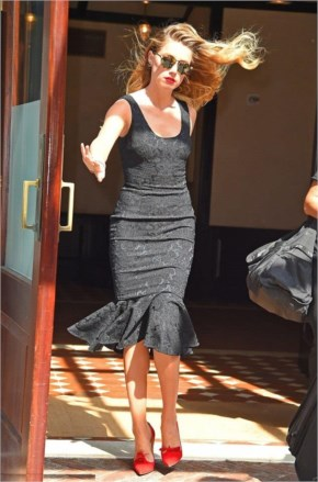 Amber Heard stunning in her tight skintight black dress LBD and scarlet heels