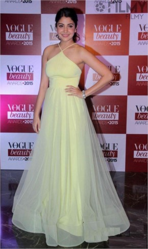 Anushka sharma at Vogue Beauty Awards 2015