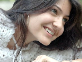 Anushka Sharma Cute Face
