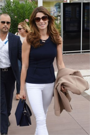 Ashley Greene Style – Out in Venice, Italy