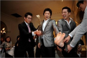 Beating the groom's feet: Korea