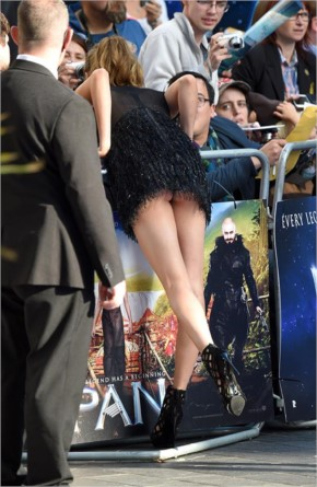 Celebrity Wardrobe Malfunction in Hollywood - Cara Delevingne
