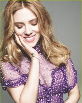 Cute Smile of Scarlett johansson