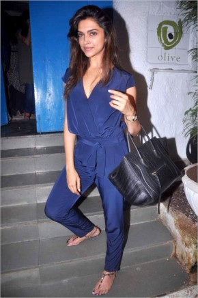 Deepika Padukon comfortable look in blue jumpsuit