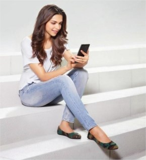 Deepika Padukone in Axis Bank add