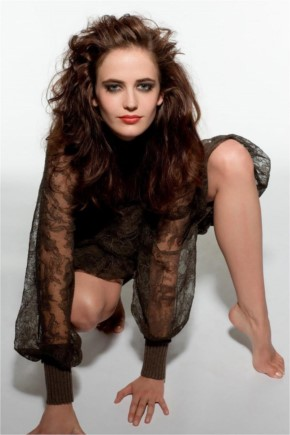Eva Green in hot pose