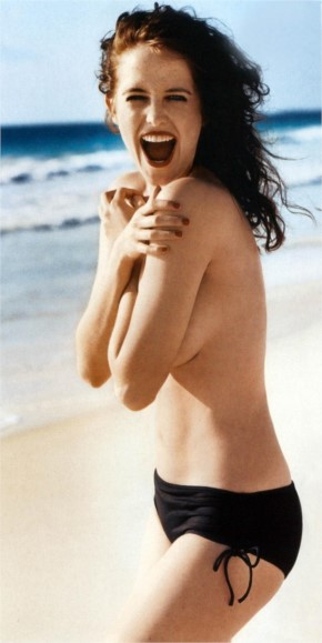 Eva Green top less in bikini