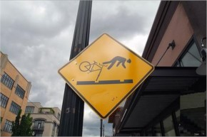 Funniest sign ever seen while crossing road-11