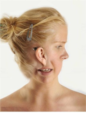 Funny Girl Face photo manipulation