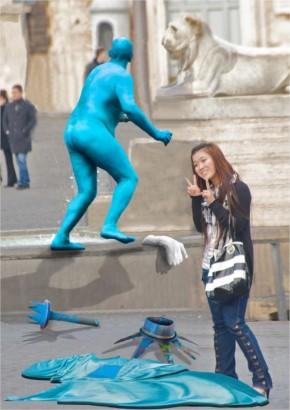 40+ Funny Sculptures with a weird photography
