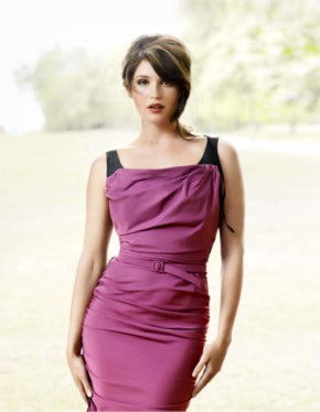 Gemma Arterton Look Dashing