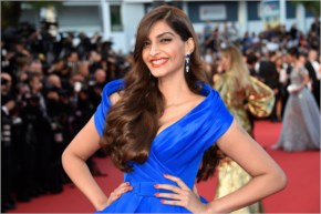 Gorgeous sonam kapoor  looks beautiful at cannes 2015