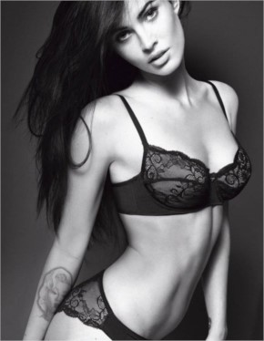 Top 10+ Hot Collection Of Megan Fox in Black