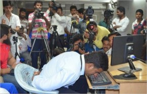 Indian Man sets Guinness world record for Typing with Nose