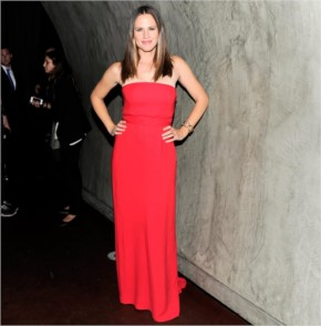 Jennifer garner looking cool in red
