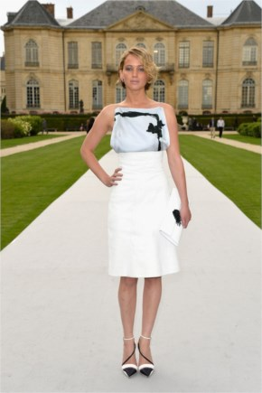 Jennifer Lawrence Look So Chic for Christian Dior Show in Paris!