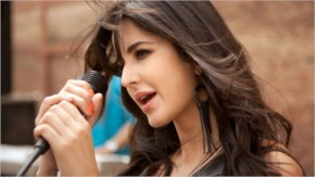 Katrina Kaif sizzles in 'Dhoom Machale Dhoom'