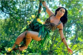 Katy Perry flying like tarzon in roar music video