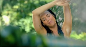 Katy Perry hot bathing scene from roar music video
