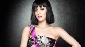 Katy Perry in Cat like Face looks bold