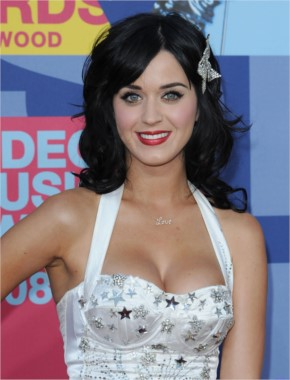 Katy Perry look cute