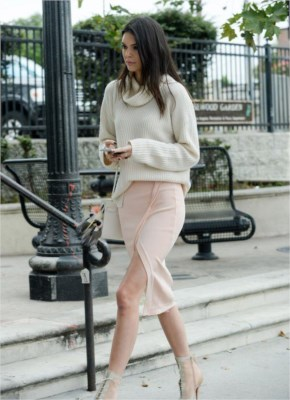 Kendall Jenner Street Style - Stunning and shows off toned legs in thigh-split pink skirt