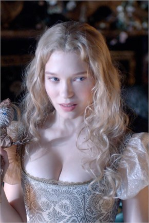 Lea Seydoux sexy and hot