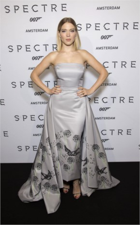 Lea seydoux wore strapless silk gown as she attends the spectre photocall in amsterdam