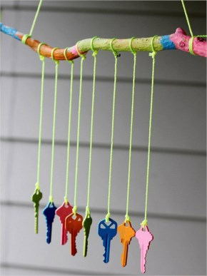 Make a wind chime out of old keys and acrylic paint