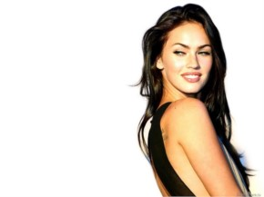 Megan Fox made headlines for losing her two-carat diamond ring on the beach