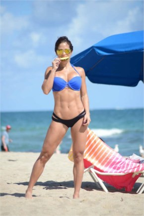 Michelle Lewin Hot in Bikini showing her abs Candids at Miami