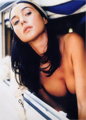 Monica Bellucci hot beauty