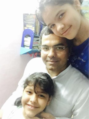 Parvesh Sahib Singh Posting of #selfieswithdaughter for Support PM Narendra Modi