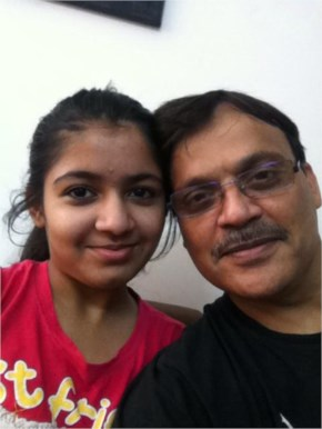 pawan kaushal Posting of #selfieswithdaughter for Support PM Narendra Modi