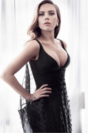 Picture Of The Beautiful Scarlett Johansson