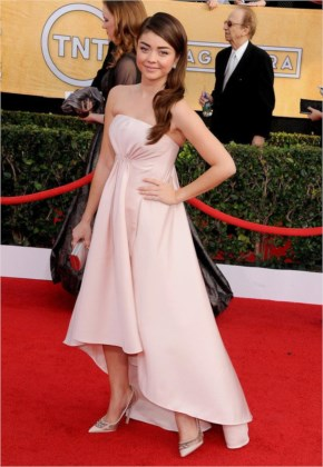 Sarah Hyland Style at the SAG Awards