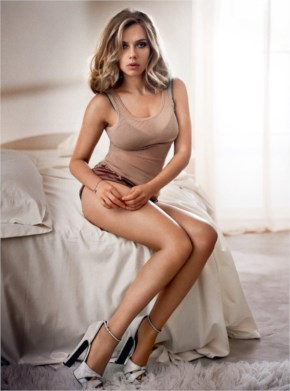 Scarlett Johansson | Esquire Magazine Choose PhotoShoot as their Sexiest Woman Alive