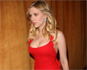 Scarlett Johansson Hot Red Hot Photo - Avangers