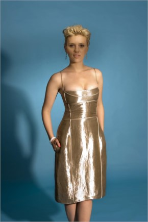 Scarlett Johansson In Hot Golden Dress