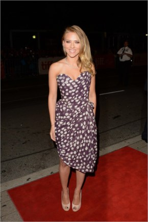 Scarlett Johansson Looking Gorgeous in polka-dot Vivienne Westwood gown on the Under the Skin premiere at Toronto