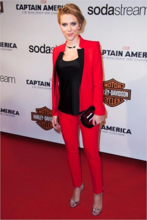 Scarlett Stunning stand with her bold look in Red