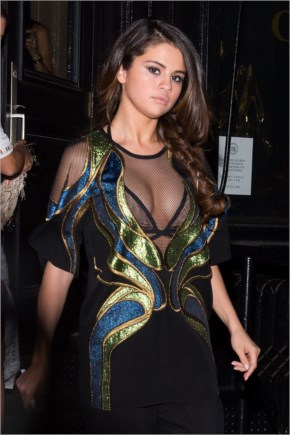 Selena Gomez – Out In New York City