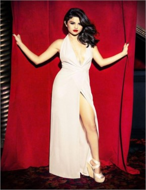 Selena gomez looking hot in photoshoot